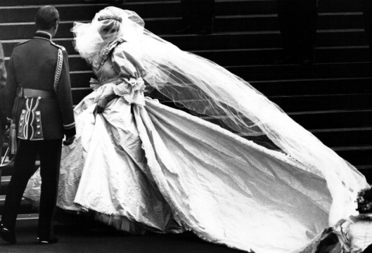 princess-diana-wedding-dress.jpg